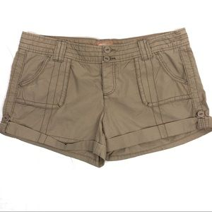 American Eagle cuffed khaki shorts - 16